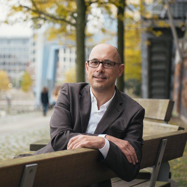 Dr Uwe Wilke